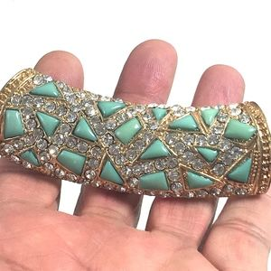 Jewelry - GORGEOUS FAUX TURQUOISE&CZ BARREL COCKTAIL SLIDE